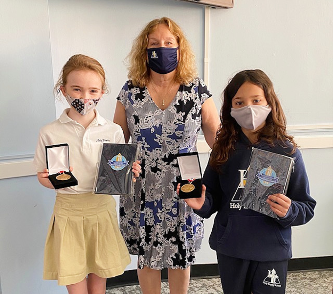 Holy Trinity School Students Win State Award for National Handwriting Contest
