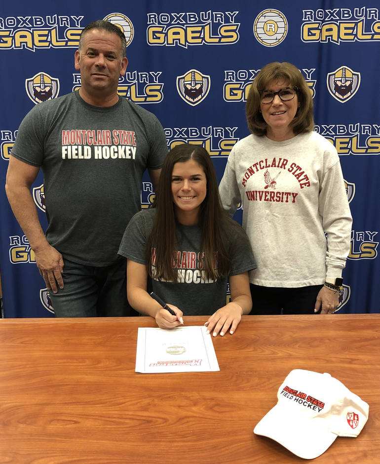 Hannah Legotte w Parents.jpg