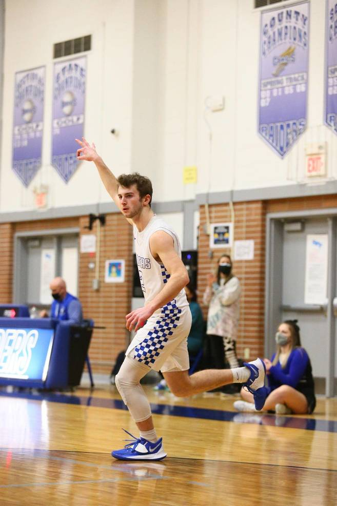 Scotch Plains-Fanwood Senior Hayden Widder led the charge for the Raiders, posting 15 points and 3 assists.