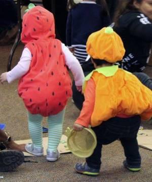 Carousel image 7c8b6db853eaec22d67a halloween parade