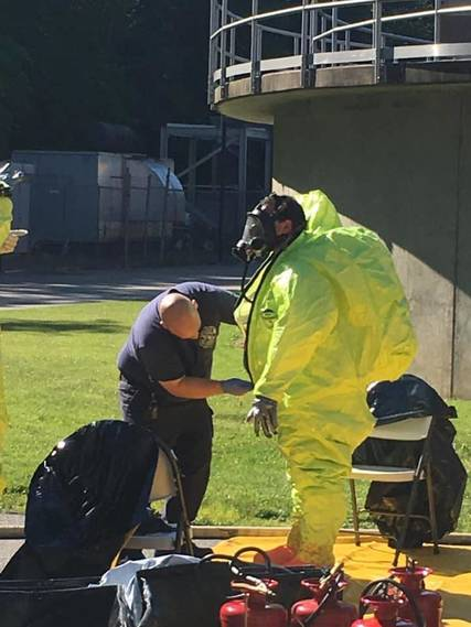 Top story 74a8bb1ab82878484998 hazmat photo   4