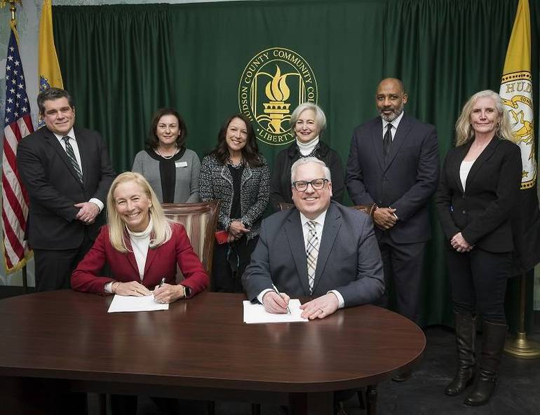 Hudson County Community College and New Jersey City University Join Forces  New Criminal Justice Transfer Program Agreement