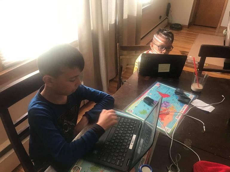 Hector Castro kids.jpg
