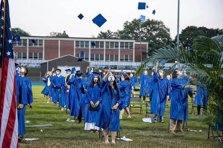 HHS Graduation-0535.jpg