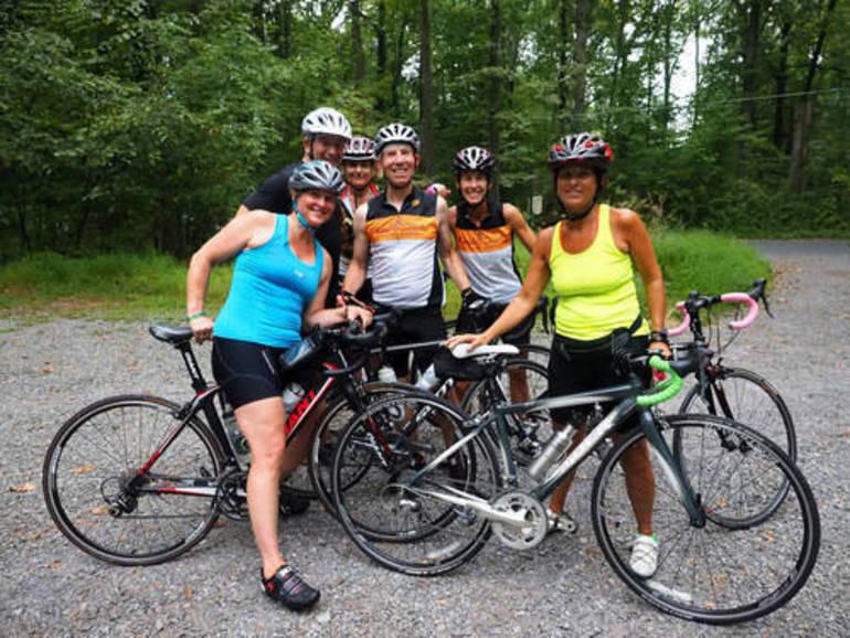 hillspixsourlandsspectacularcyclistsgroup2019.jpg