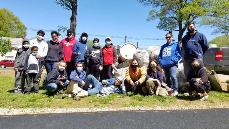 Cleanup of Conant Park Yields 1,129 Pounds of Trash