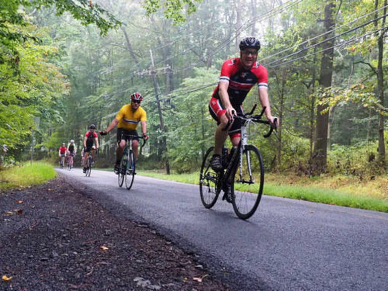 hillspixsourlandspectacularcyclists2019.jpg