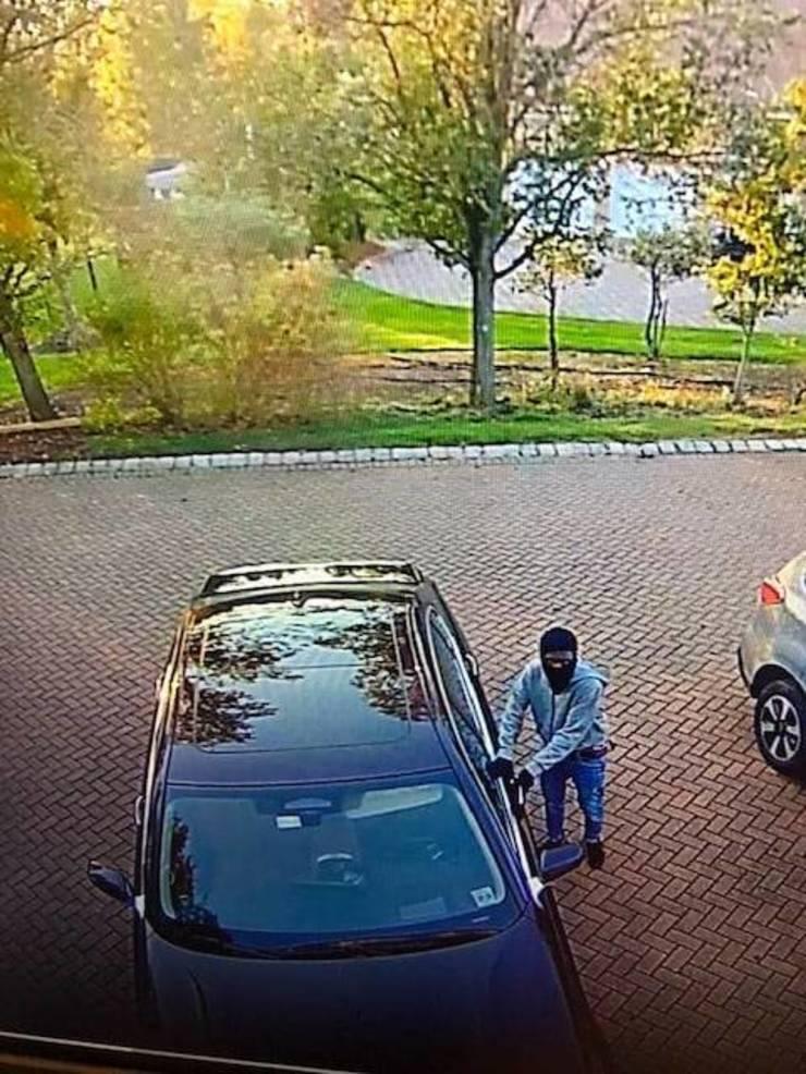 holmdel police car theft attempts.jpg