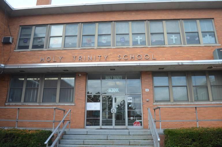 Holy Trinity School.jpg