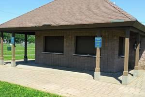 Carousel image 88f00f482e1c77f5852d horseshoe lake concession stand