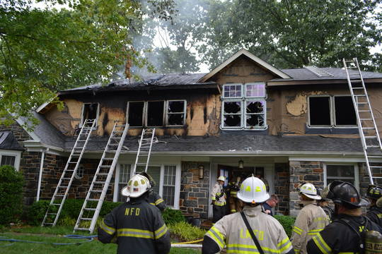 Top story 79bc8271a603b84319d2 house fire 158 merion terrace 6 13 2019  64