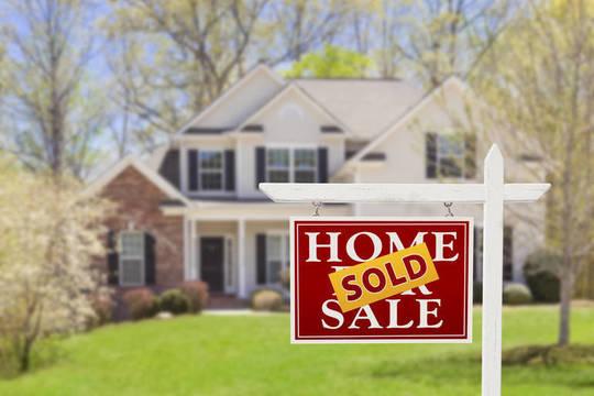 Top story b008de70b29e3d54631b home sold