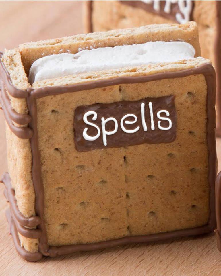 HPotter-spellbooksmores1.jpg