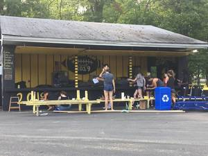 Carousel image 38143bff52b3713e8861 hp seniors painting snack shack c granet