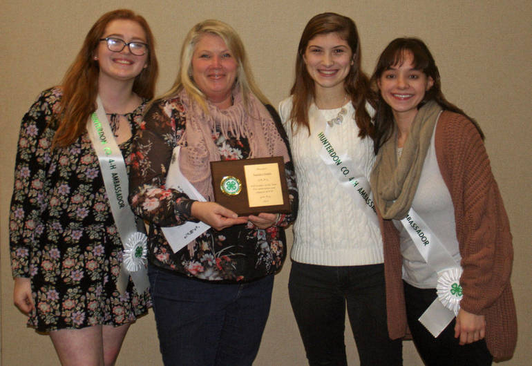 Hunterdon County 4-H Leader of The Year 20a.jpg