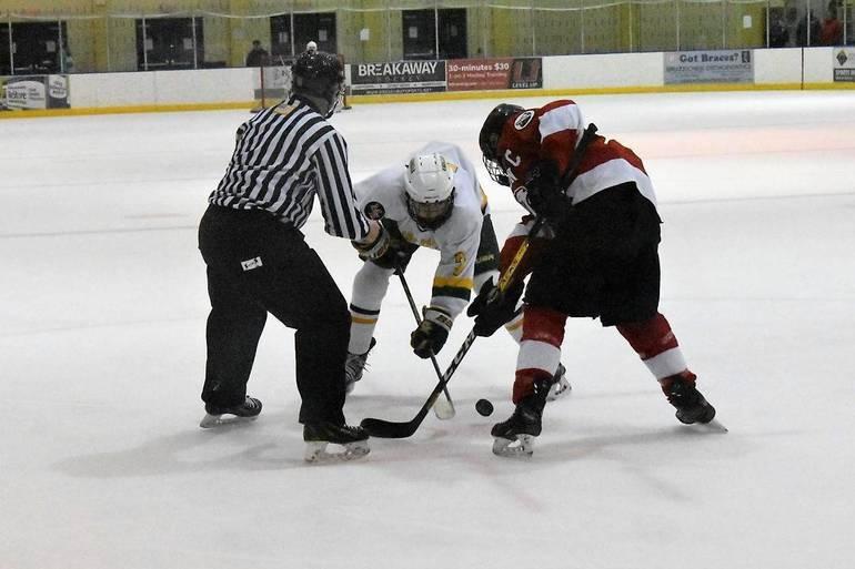 Ice Hockey 03042020.07.JPG