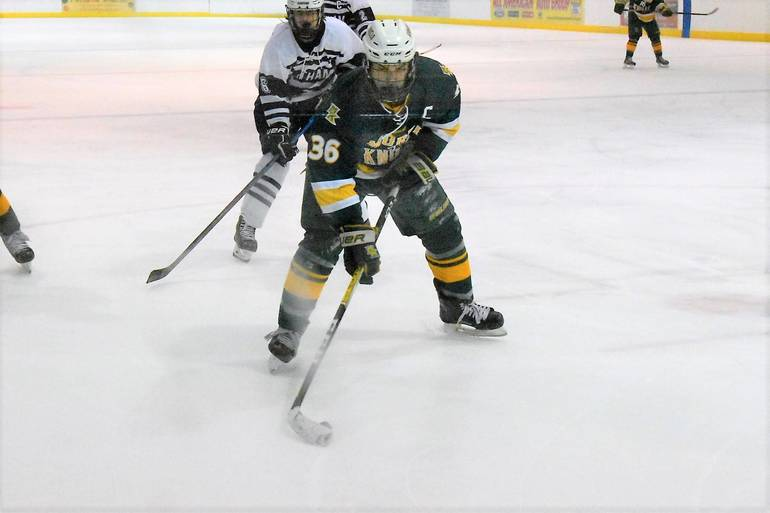 Ice Hockey: Morris Knolls Falls to Chatham, 2-1