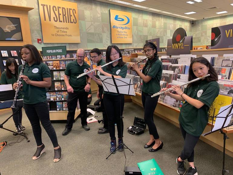 Barnes & Noble Ensemble Performance