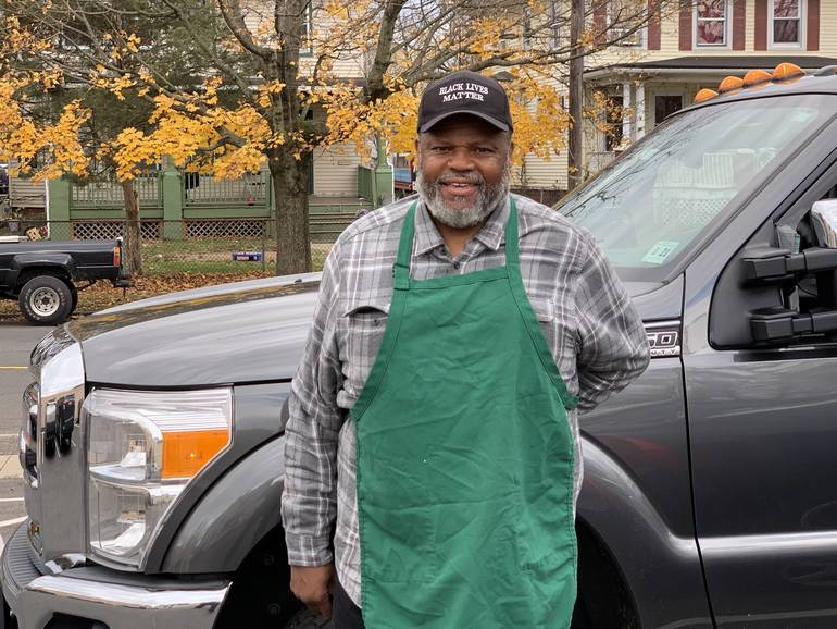 Plainfield's Muslim Community Soup Kitchen Serves Over 80 Thanksgiving Meals