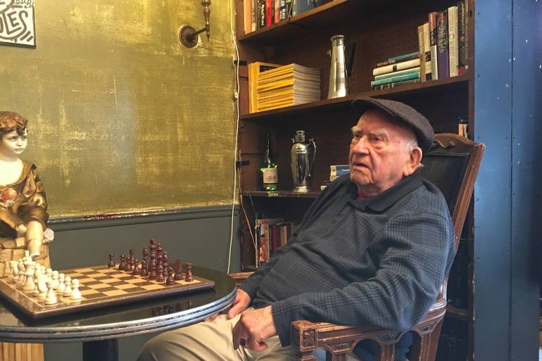 Union's Van Gogh's Ear Cafe Hosts Celebrated Actor Ed Asner for Film Shoot