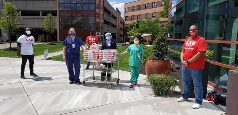 Kappa Alpha Psi Fraternity Donates Food