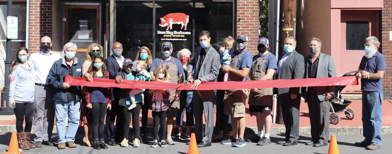 Boss Hog Officially Opens in Downtown South Plainfield with Ribbon Cutting
