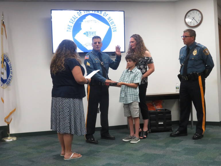 Newton Police: Detective Tom Tosti Promoted to Sergeant