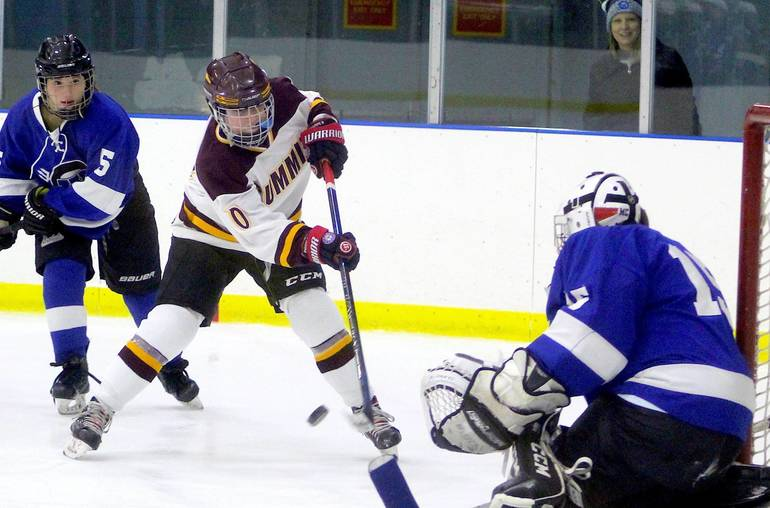 Summit H.S. Girls Ice Hockey Wallops Westfield 8-1 to Reach Inaugural UCT Tourney Final