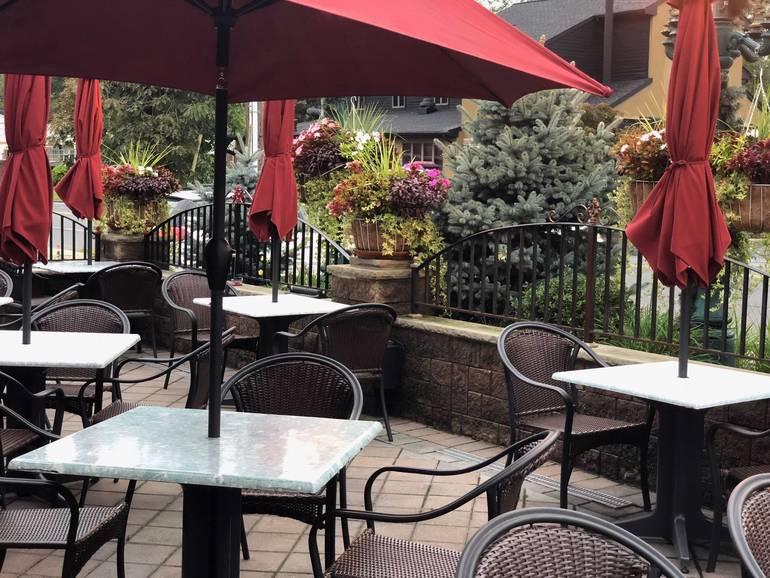 Outdoor dining during Berkeley Heights Restaurant Week