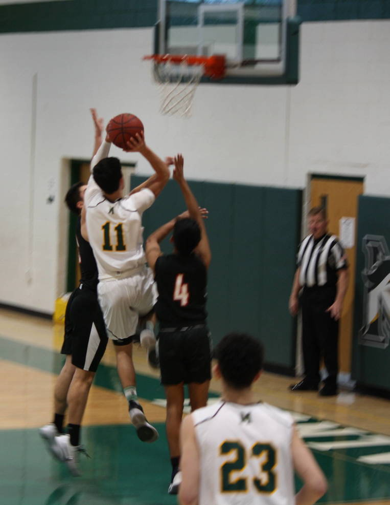 Montville boys basketball hosts Morris Tech in MCT preliminary round