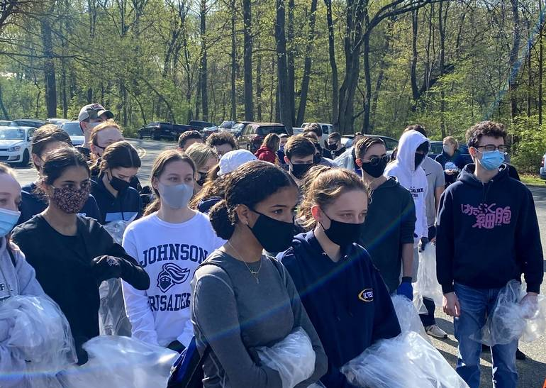 Johnson  Students Pitch in to Clean Rahway River Park