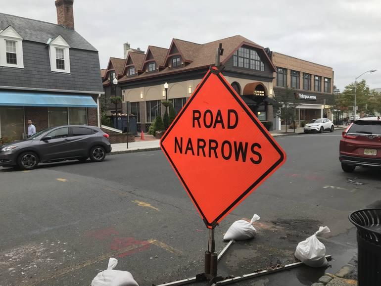 RoadNarrowWestfield.JPG