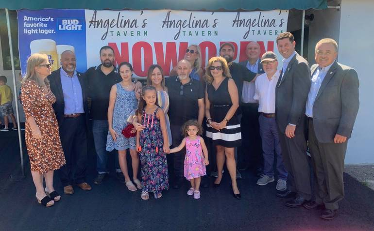 Angelina's Tavern Holds Ribbon Cutting to Commemorate Opening