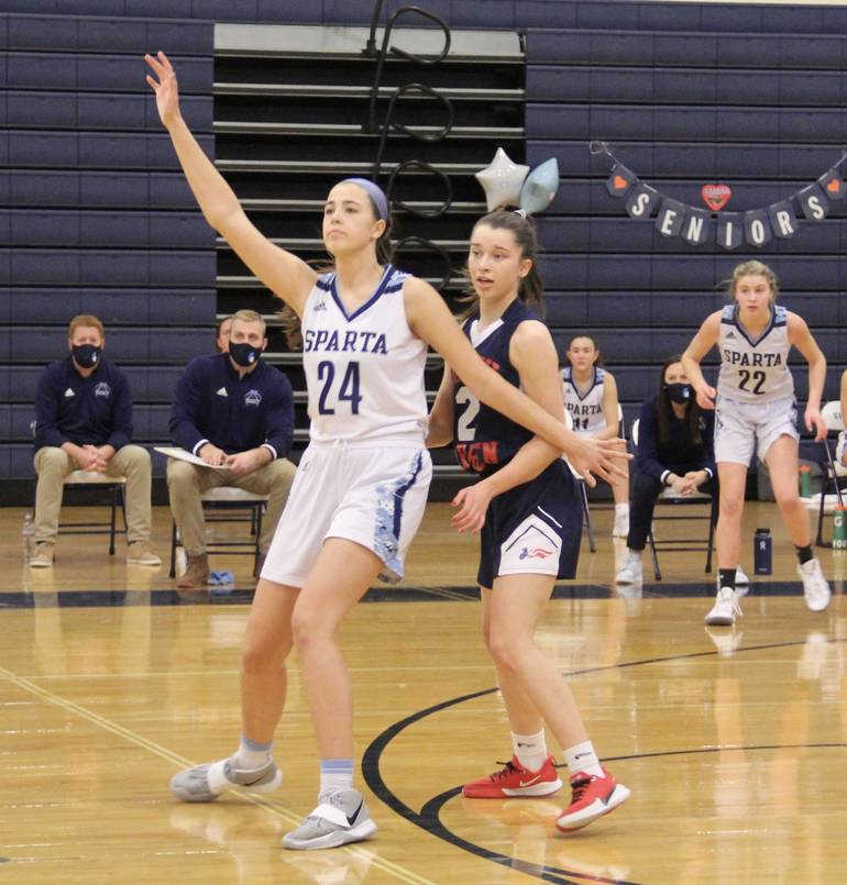 Sparta Girls Basketball Takes Down North Warren with McCurry's Triple Double