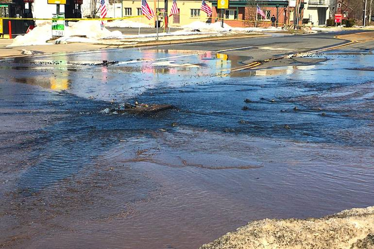 Water Main Break Results in Partial Closure of Summit's River Road