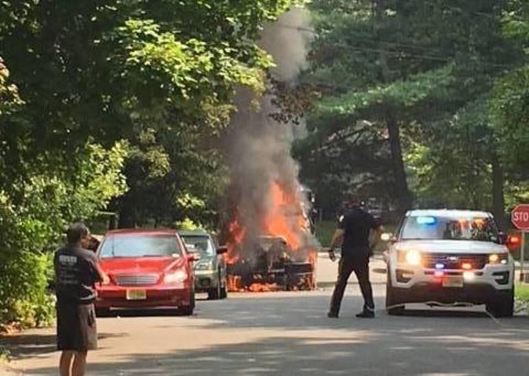 Mechanical Failure Causes Dump Truck Fire in Berkeley Heights