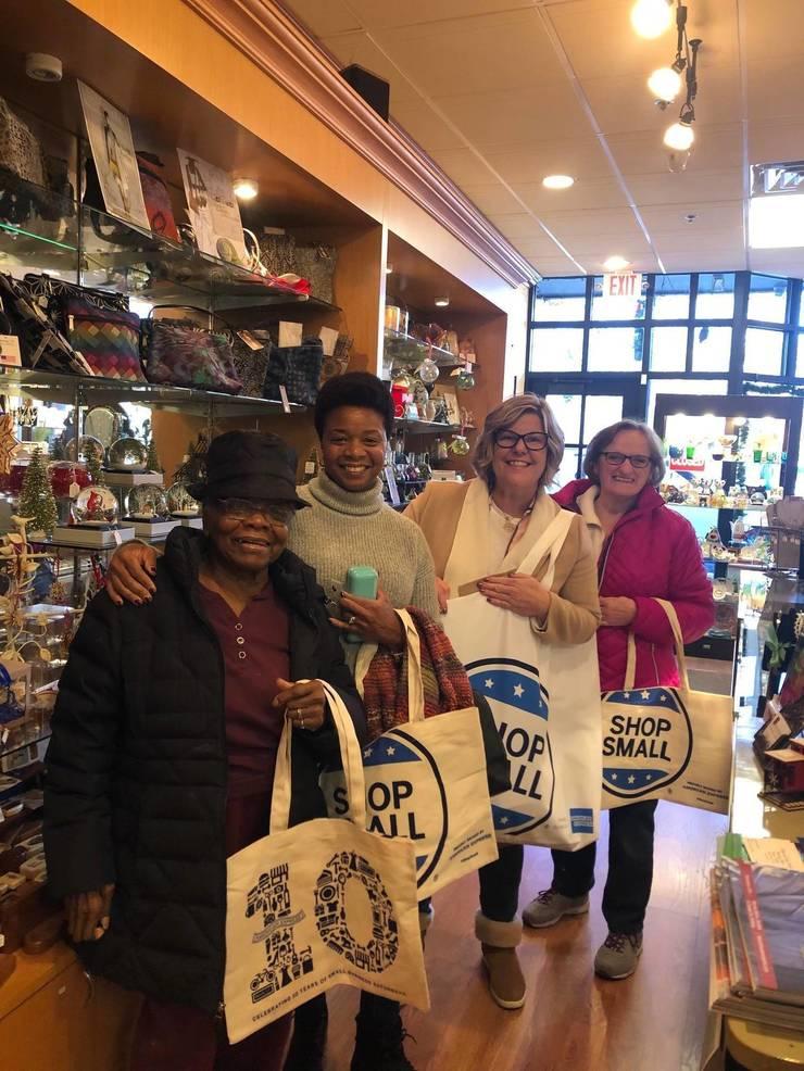 Fanwood Mayor Colleen Mahr shops local on Small Business Saturday (Nov. 30, 2019)