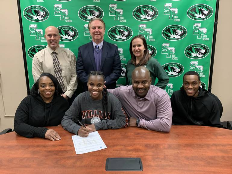 South Plainfield High School Senior Kourtney Scipio Awarded Scholarship for William Paterson University