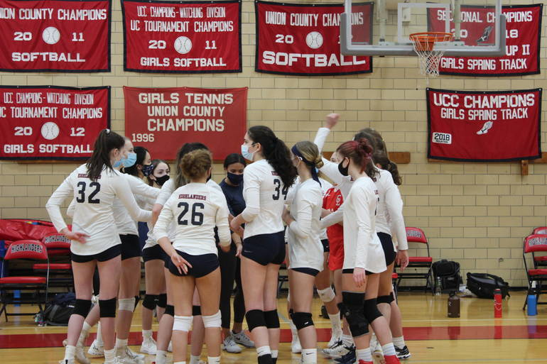 Volleyball: Impressive Comeback Not Enough: Gov. Livingston Falls to Kent Place, 2-1, in UCT Quarterfinal