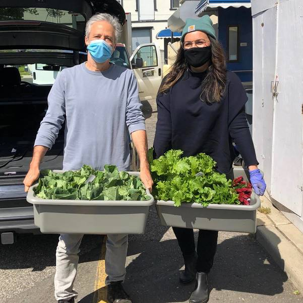 Tracey and Jon Stewart donate first harvest of Hockhockson Farm Foundation to Lunch Break