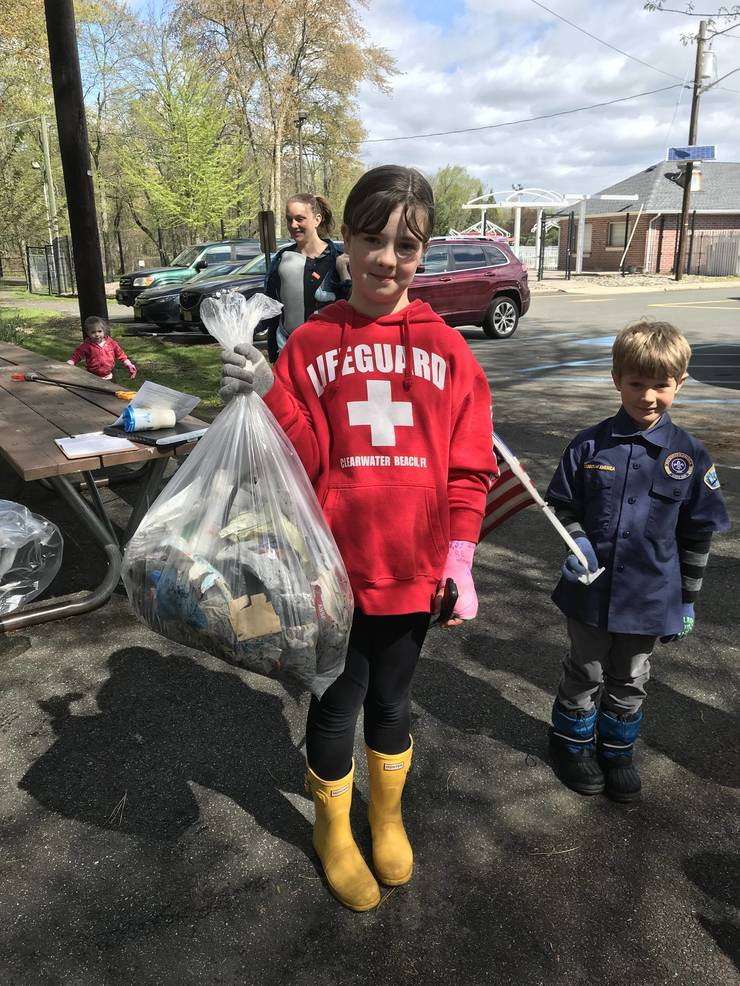 glen_rock_clean-up_draws_200_volunteers_3