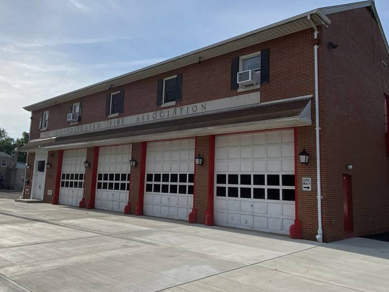 Consolidated Fire Hosting Fall Flower Sale on Saturday