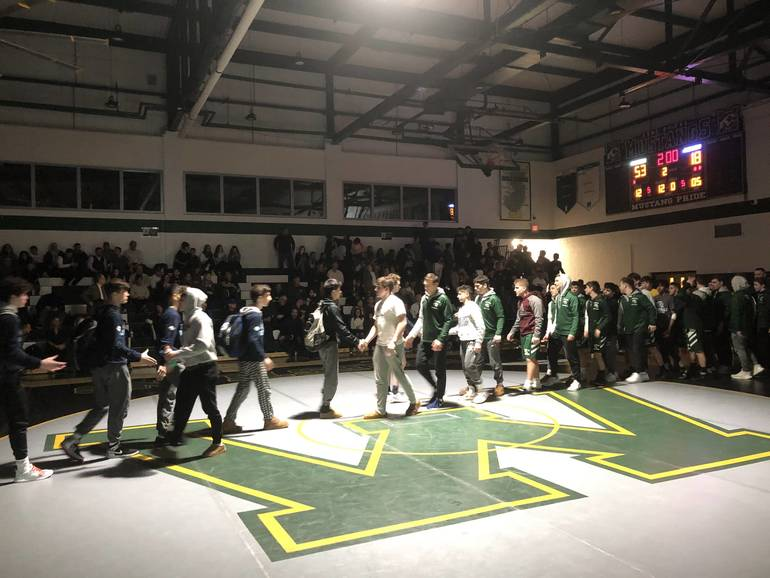 Montville wrestling tops Paramus in sectional semifinals