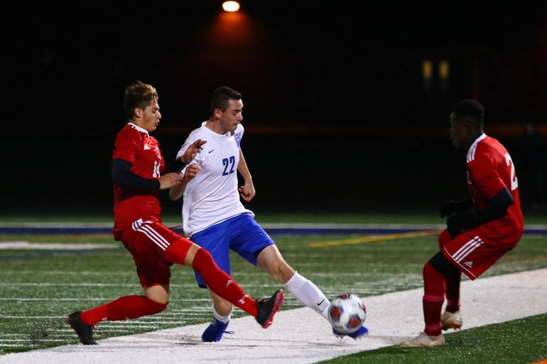 Elizabeth defeats Scotch Plains-Fanwood in Union County semifinal.