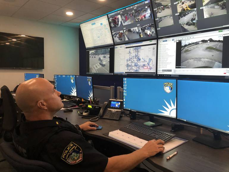 Coral Springs Police Open New Tech Center To Solve Crime Faster