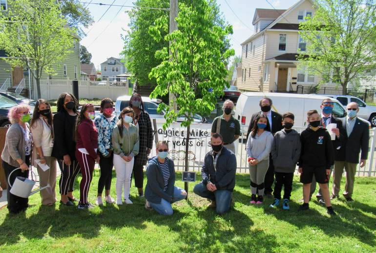 School No. 2 Honors Memory of Two Longtime Crossing Guards on Arbor Day