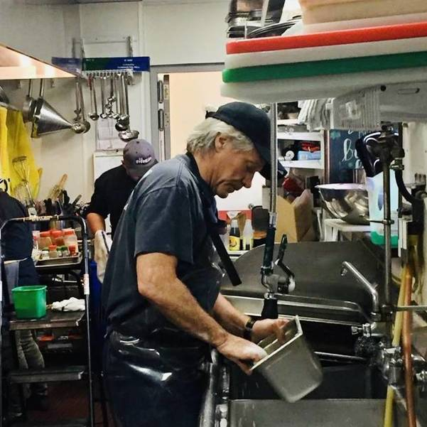 Good Deeds: Jon Bon Jovi washes dishes at Red Bank Soul Kitchen, You Can Help Too!
