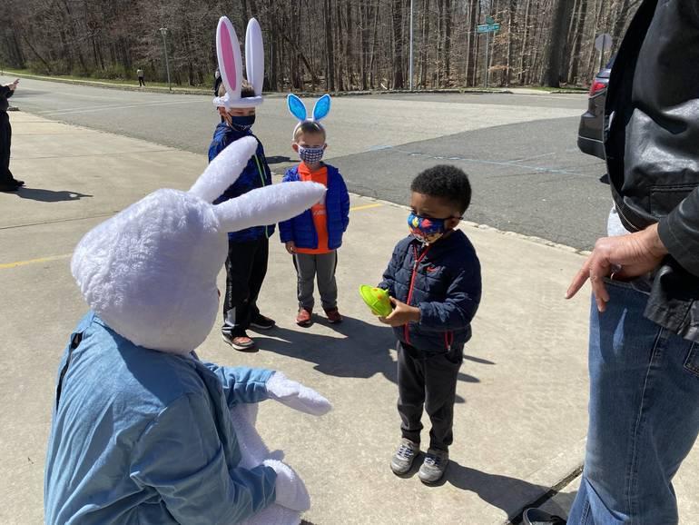"Easter Bunny Visits Berkeley Heights in ""Pop-up"" Event"