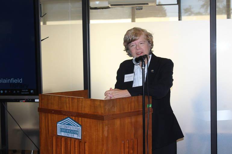 Plainfield Public Library Unveils Computer Certification Center
