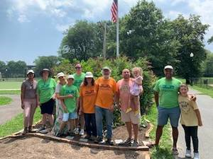 The Friends of Watsessing Park Conservancy Host Pollinator Event
